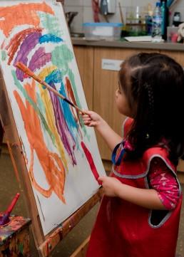 kindergarten girl playing